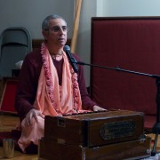 H.H. Niranjana Swami